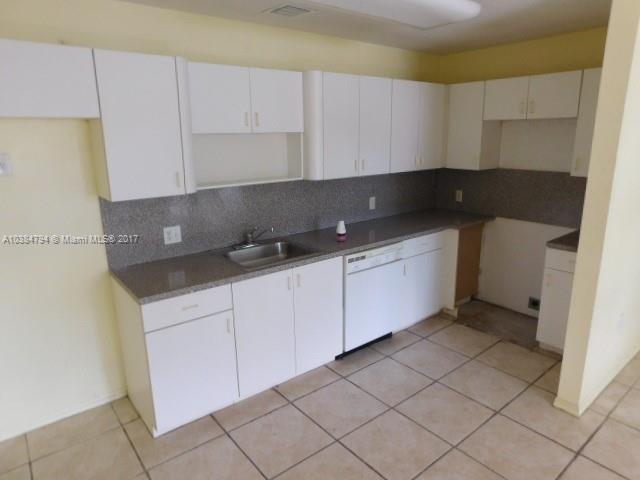 13499  Biscayne Blvd , North Miami, FL 33181-2043