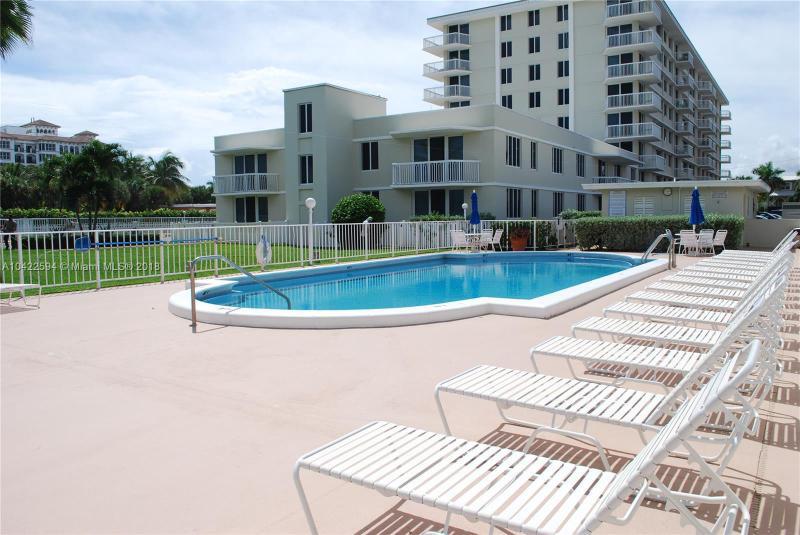 150 Inlet Way, Palm Beach Shores FL 33404-