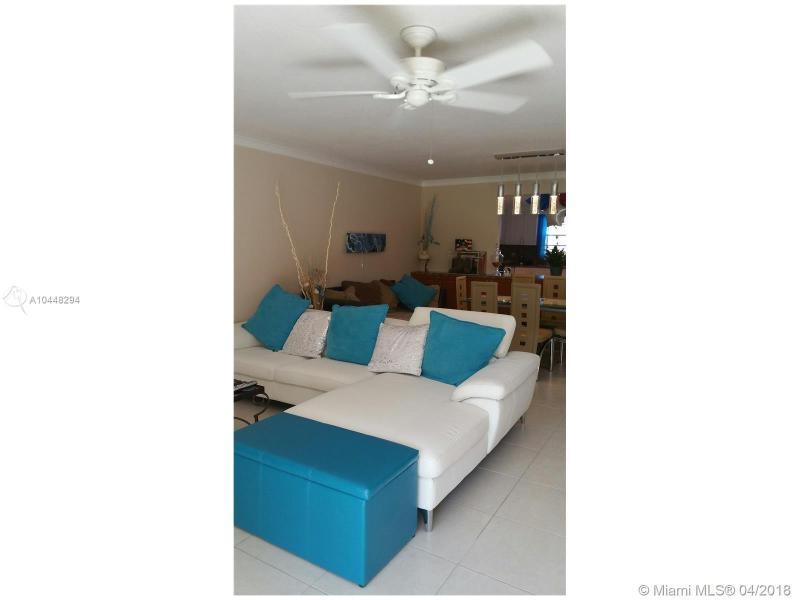 281 S Hollybrook Dr 106, Pembroke Pines, FL, 33025