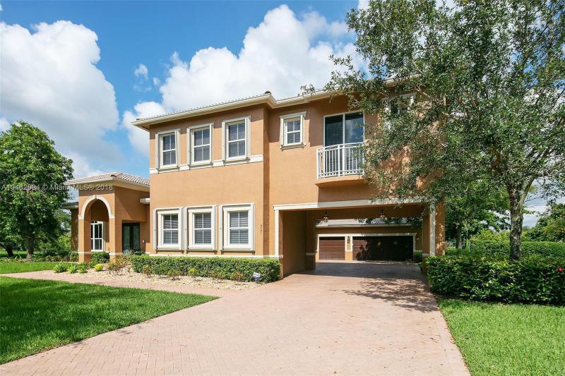 13680 SW 33rd Court , Davie, FL 33330-