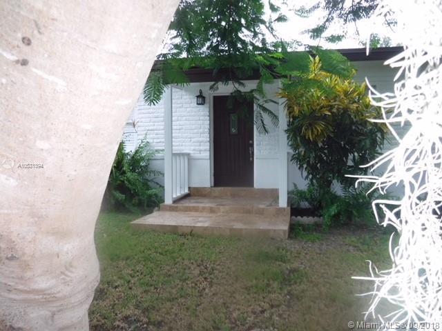 5930 SW 62nd St, South Miami, FL, 33143