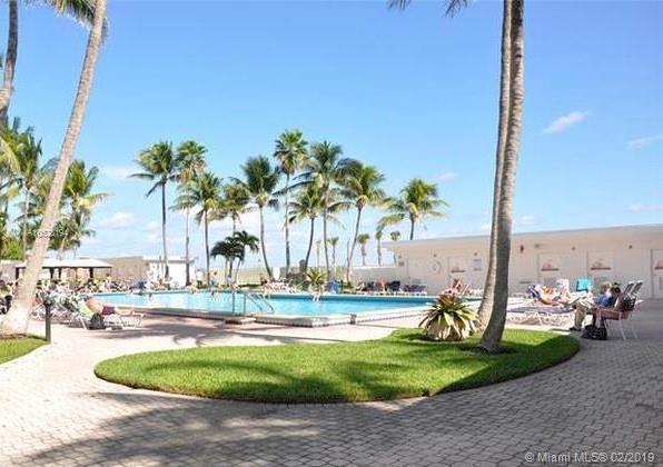 6345  Collins Ave  Unit 0 Miami Beach, FL 33141-4614 MLS#A10628194 Image 5