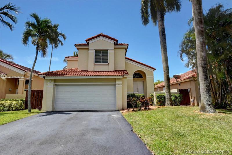 11846 SW 90th Ter,  Miami, FL