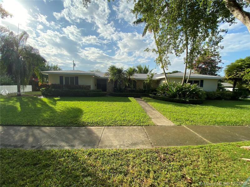 8570 SW 155th Ter, Palmetto Bay, FL, 33157