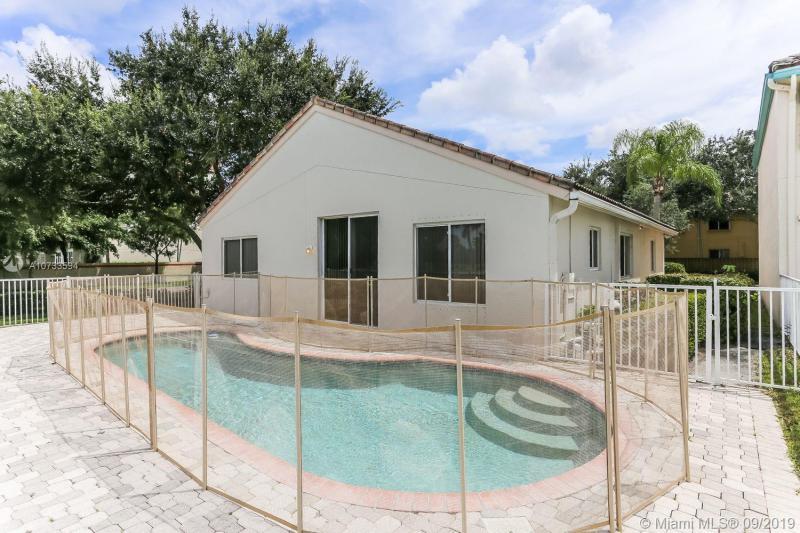 1401 Banyan Cir, Pompano Beach, FL, 33069