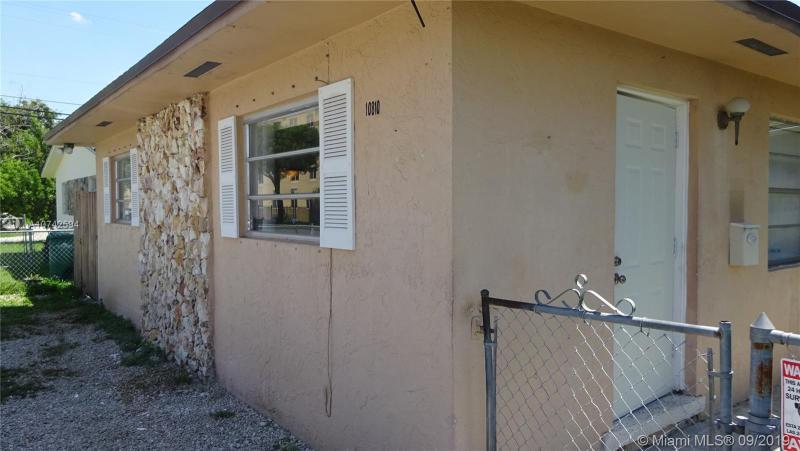 10810 SW 5th St 1, Sweetwater, FL, 33174