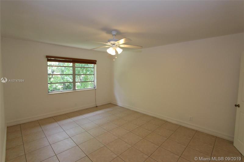 403 SW 148th Ave 12B, Pembroke Pines, FL, 33027