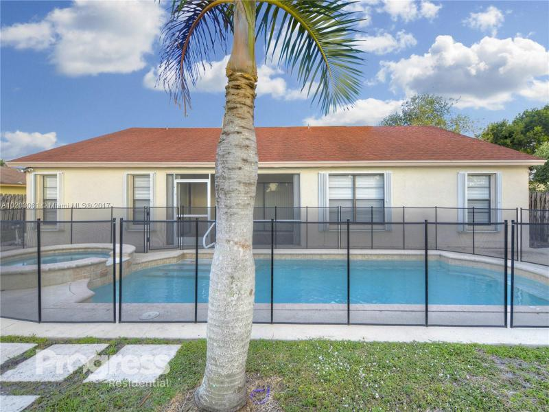 1049 Concert Way, Royal Palm Beach, FL 33411