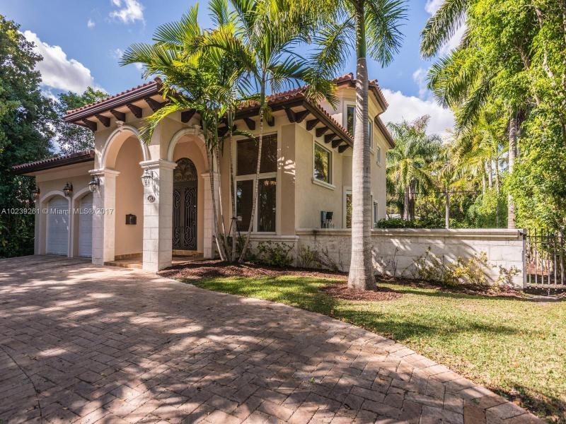 For Sale 441   Madeira Ave Coral Gables  FL 33134 - Coral Groves
