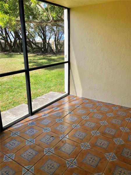 Imagen 12 de Residential Rental Florida>Weston>Broward      - Rent:1.700 US Dollar - codigo: A10429861