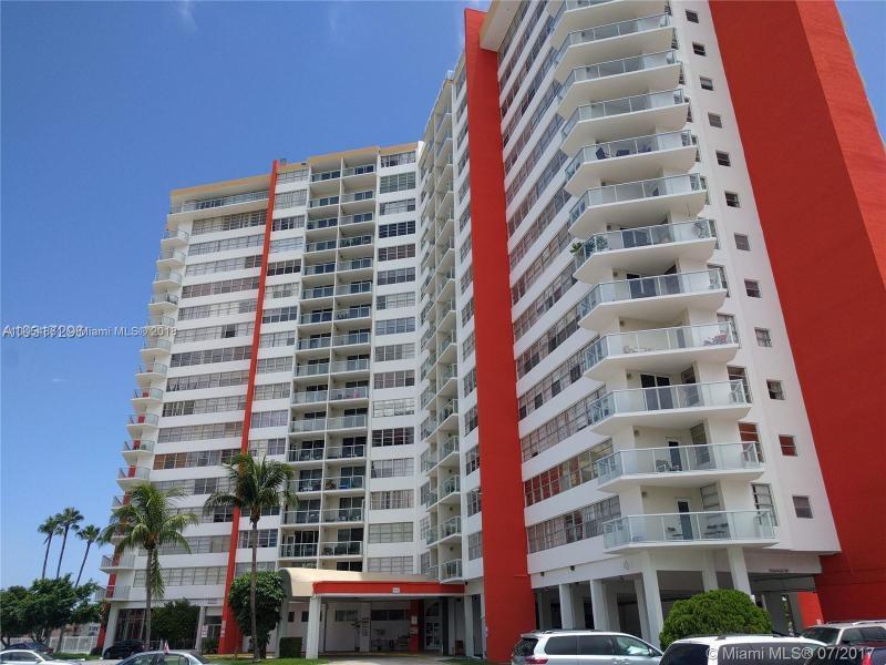 1520 NW 64th St , Miami, FL 33147-7938