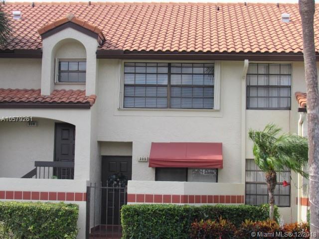 404 Liberty Court, Deerfield Beach FL 33442-