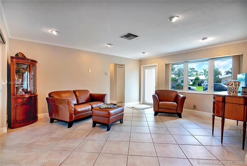 5712 NE 17th Ave, Fort Lauderdale, FL, 33334