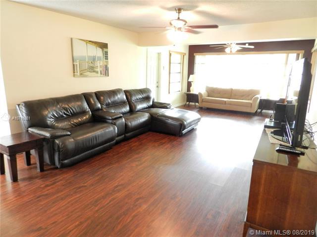 8581 NW 15th St, Pembroke Pines, FL, 33024