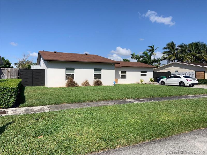 7304 SW 134th Ct,  Miami, FL