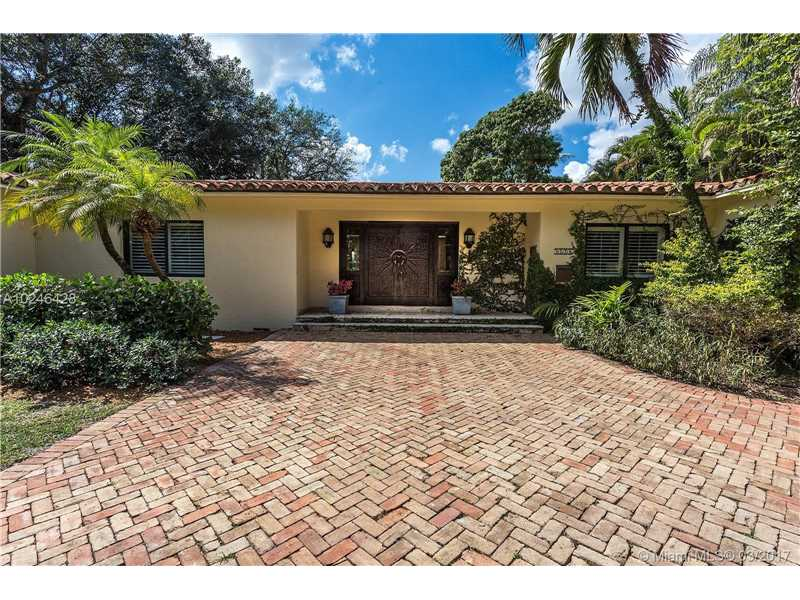 For Sale 5720   Granada Blvd Coral Gables  FL 33146 - Coral Gables Riviera Sec