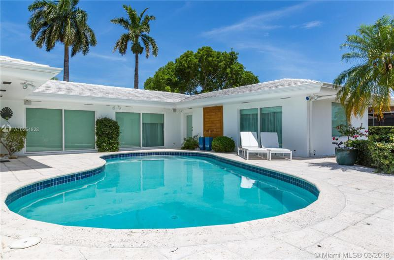 For Sale at  12780   Hickory Rd North Miami  FL 33181 - Keystone Island No 3 - 3 bedroom 2 bath A10254928_2