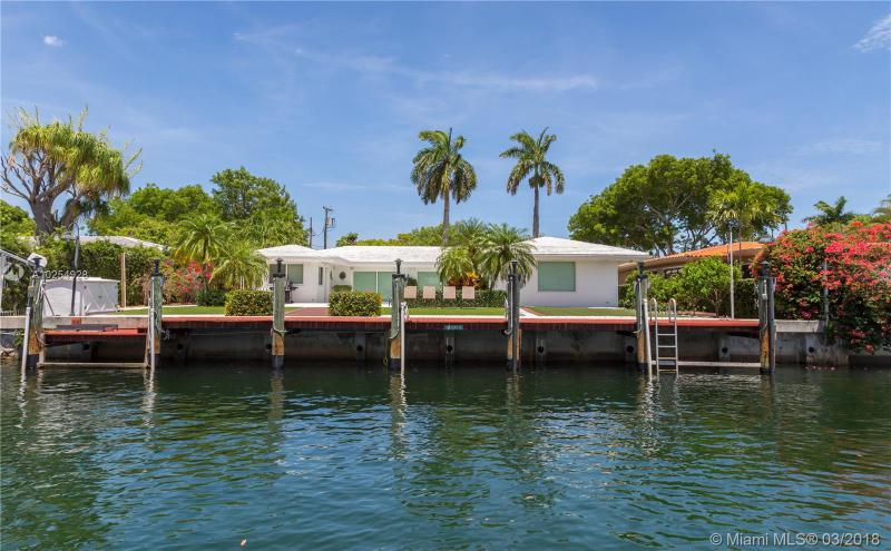 For Sale at  12780   Hickory Rd North Miami  FL 33181 - Keystone Island No 3 - 3 bedroom 2 bath A10254928_4
