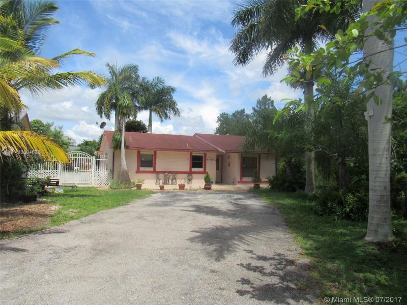 Photo of 30180 SW 163rd Avenue, Homestead, FL 33033