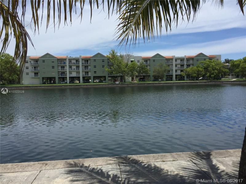 11000 SW 200th St  Unit 414, Cutler Bay, FL 33157-8445
