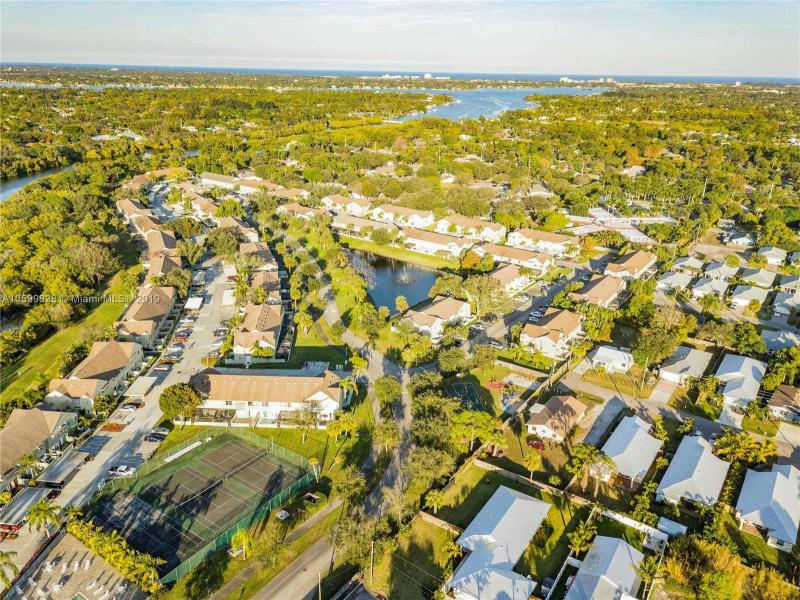 6262  Riverwalk Ln  Jupiter, FL 33458-7992 MLS#A10599828 Image 36