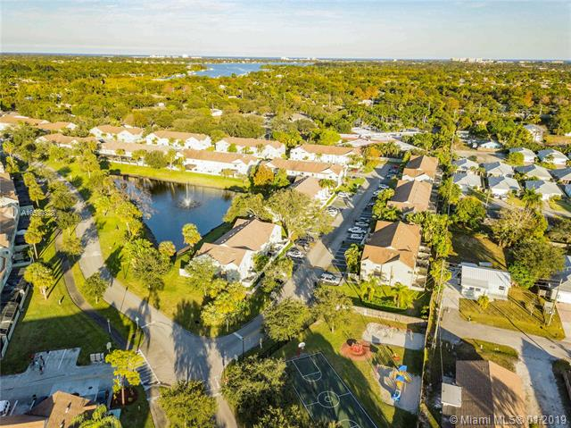 6262  Riverwalk Ln  Jupiter, FL 33458-7992 MLS#A10599828 Image 39