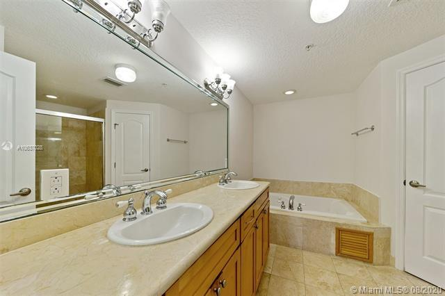 2401 Anderson Rd 6, Coral Gables, FL, 33134