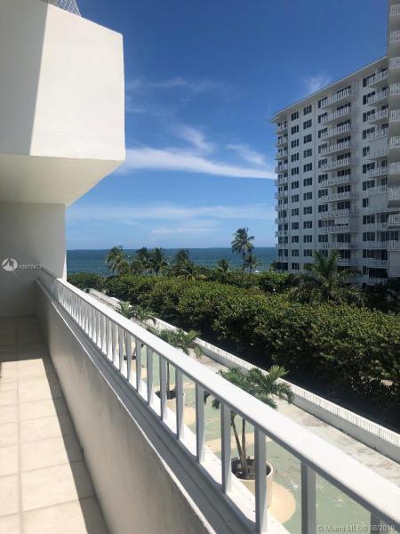 Photo of 199 Ocean Lane Drive #505, Key Biscayne, FL 33149