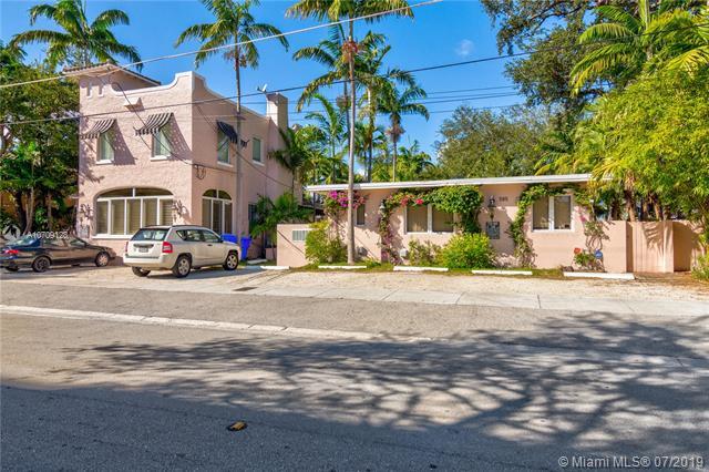 575 NE 66th St,  Miami, FL