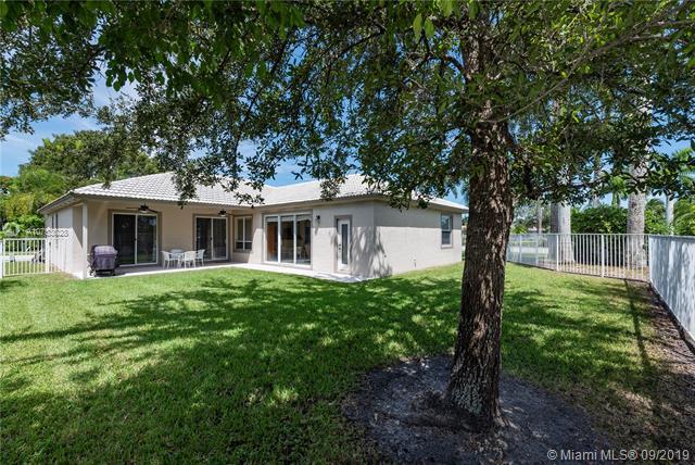 1021 NW 137th Way, Pembroke Pines, FL, 33028
