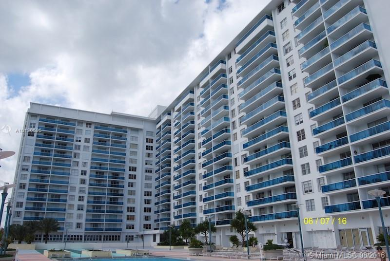 Miami Beach Condo/Villa/Co-op/Town Home A10130595
