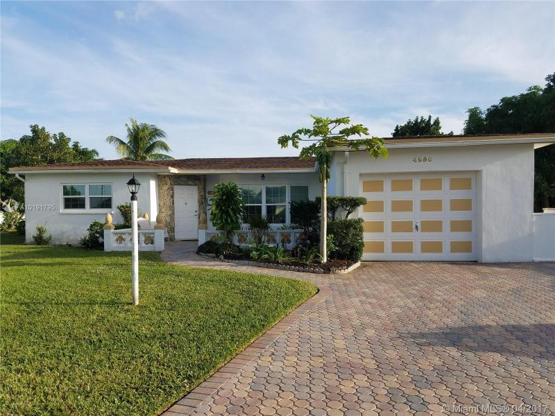 OAKLAND ESTATES - Lauderdale Lakes - A10191795