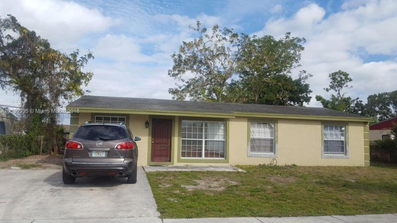 BROADVIEW PARK SEC 4 - Fort Lauderdale - A10399995
