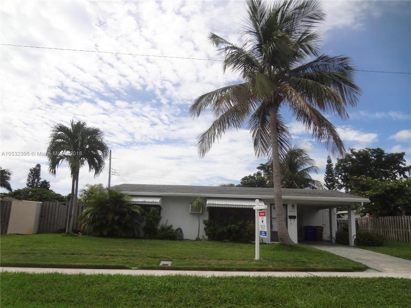 1105 7th St, Deerfield Beach FL 33441-5743