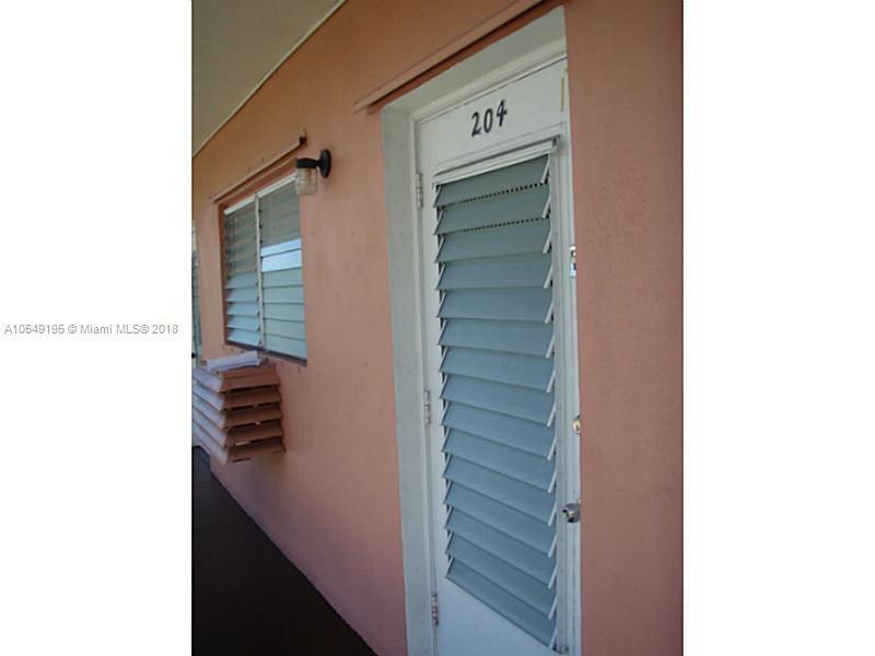 736 85th St, Miami Beach FL 33141-
