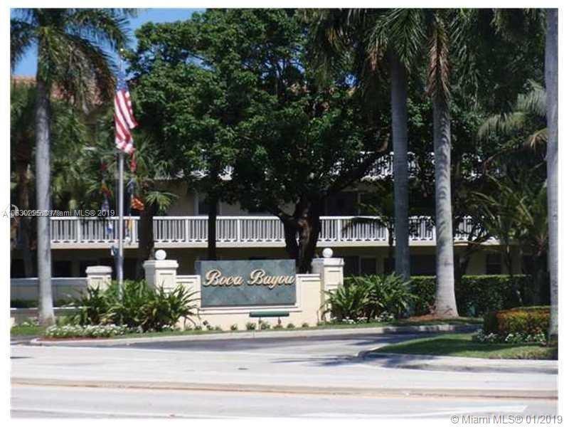 7 Royal Palm Way, Boca Raton FL 33432-