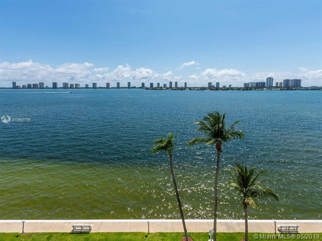 745  Hawthorne Dr , Lake Park, FL 33403-2524