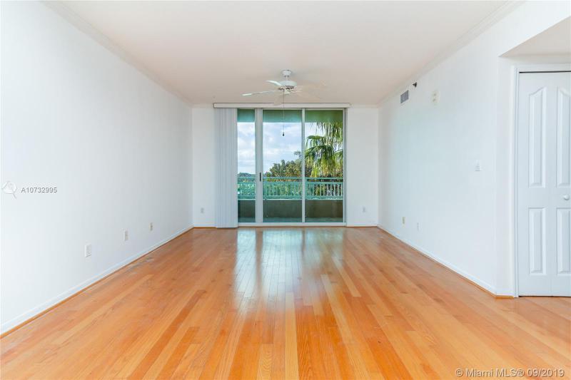 2665 SW 37th Ave,  Miami, FL