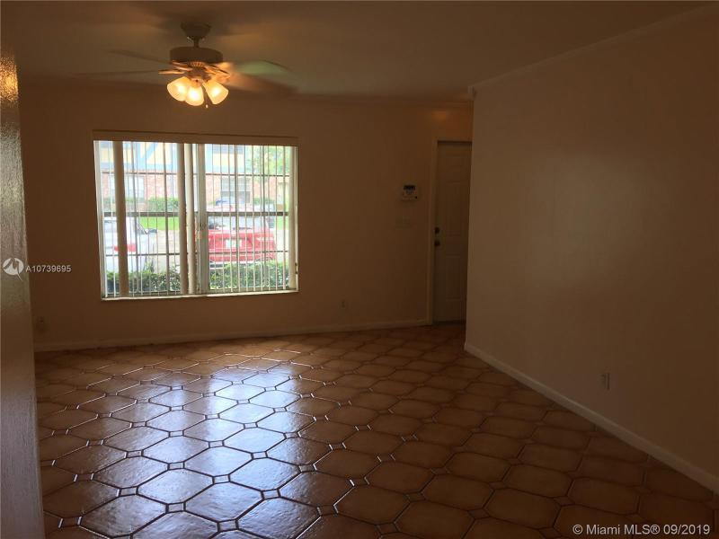 7503 Kimberly Blvd 109, North Lauderdale, FL, 33068