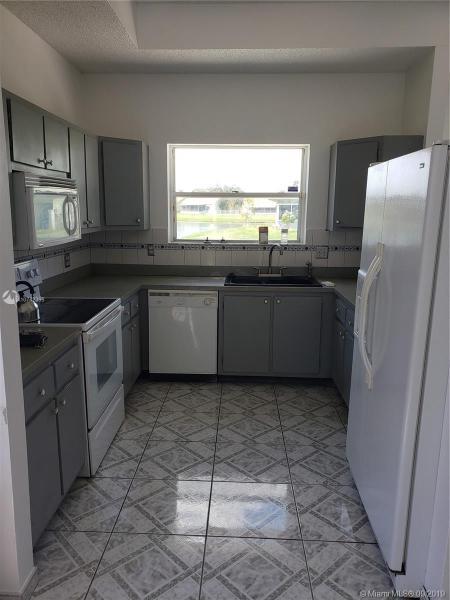 8671 SW 12th St, Pembroke Pines, FL, 33025