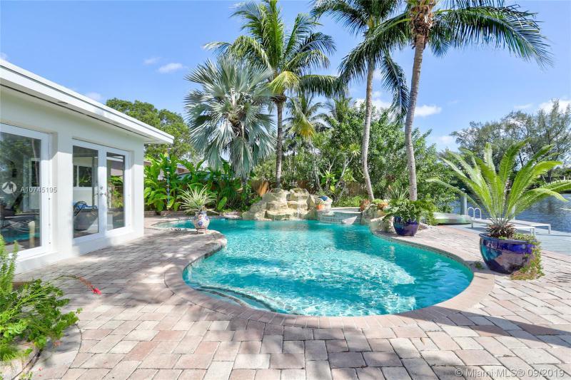2718 NE 21st Ter, Fort Lauderdale, FL, 33306