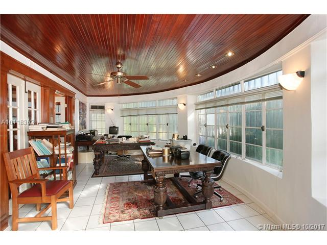 For Sale at  1665 S Bayshore Dr Coconut Grove  FL 33133 - 14 54 41   .46 Ac Carter- - 4 bedroom 3 bath A10118362_12