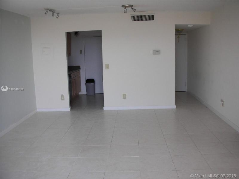 North Miami Residential Rent A10146062