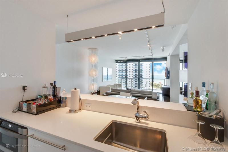For Sale at  2201   Collins Ave #815 Miami Beach  FL 33139 - W South Beach - 1 bedroom 1 bath A10256162_11