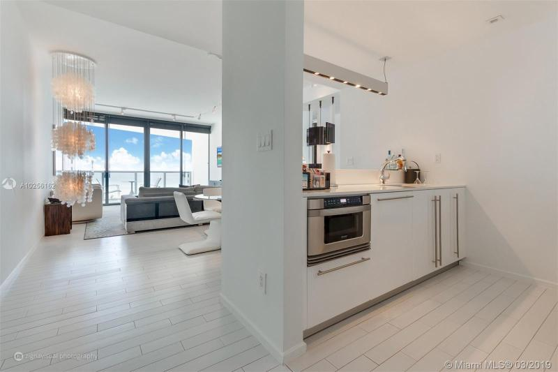 For Sale at  2201   Collins Ave #815 Miami Beach  FL 33139 - W South Beach - 1 bedroom 1 bath A10256162_12