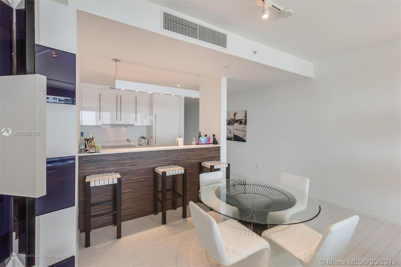 For Sale at  2201   Collins Ave #815 Miami Beach  FL 33139 - W South Beach - 1 bedroom 1 bath A10256162_8