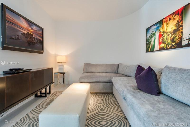 For Sale at  2201   Collins Ave #815 Miami Beach  FL 33139 - W South Beach - 1 bedroom 1 bath A10256162_9