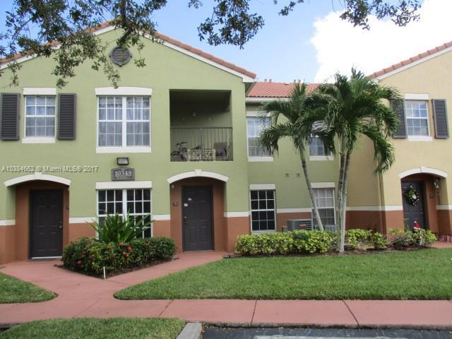 4 N Greenway Vlg N  Unit 211, Royal Palm Beach, FL 33411-2957