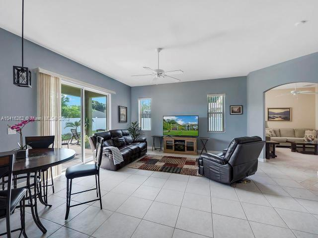 PORT ST LUCIE SECTION 8 REALTY