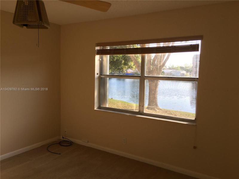 Imagen 15 de Townhouse Florida>Sunrise>Broward      - Sale:62.000 US Dollar - codigo: A10429762